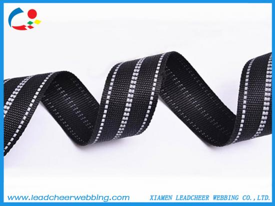 nylon webbing with reflective lines